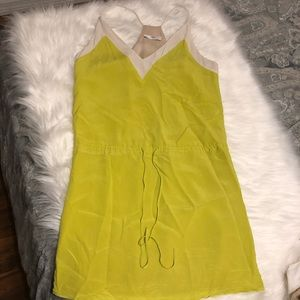Dresses & Skirts - Like green Boutique dress